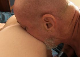 Daddy Pierce Barebacks Young Colby