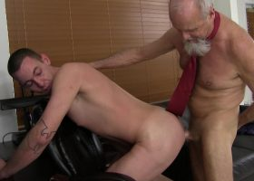 Daddy Travis Barebacks Young Josh